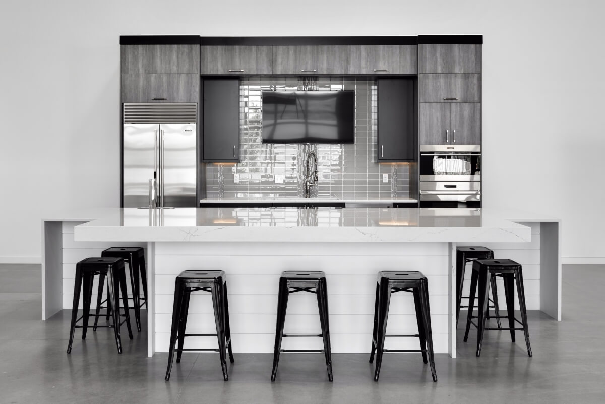 Kitchen Stories The Story Behind A Truly Black White Design Dura Supreme Cabinetry