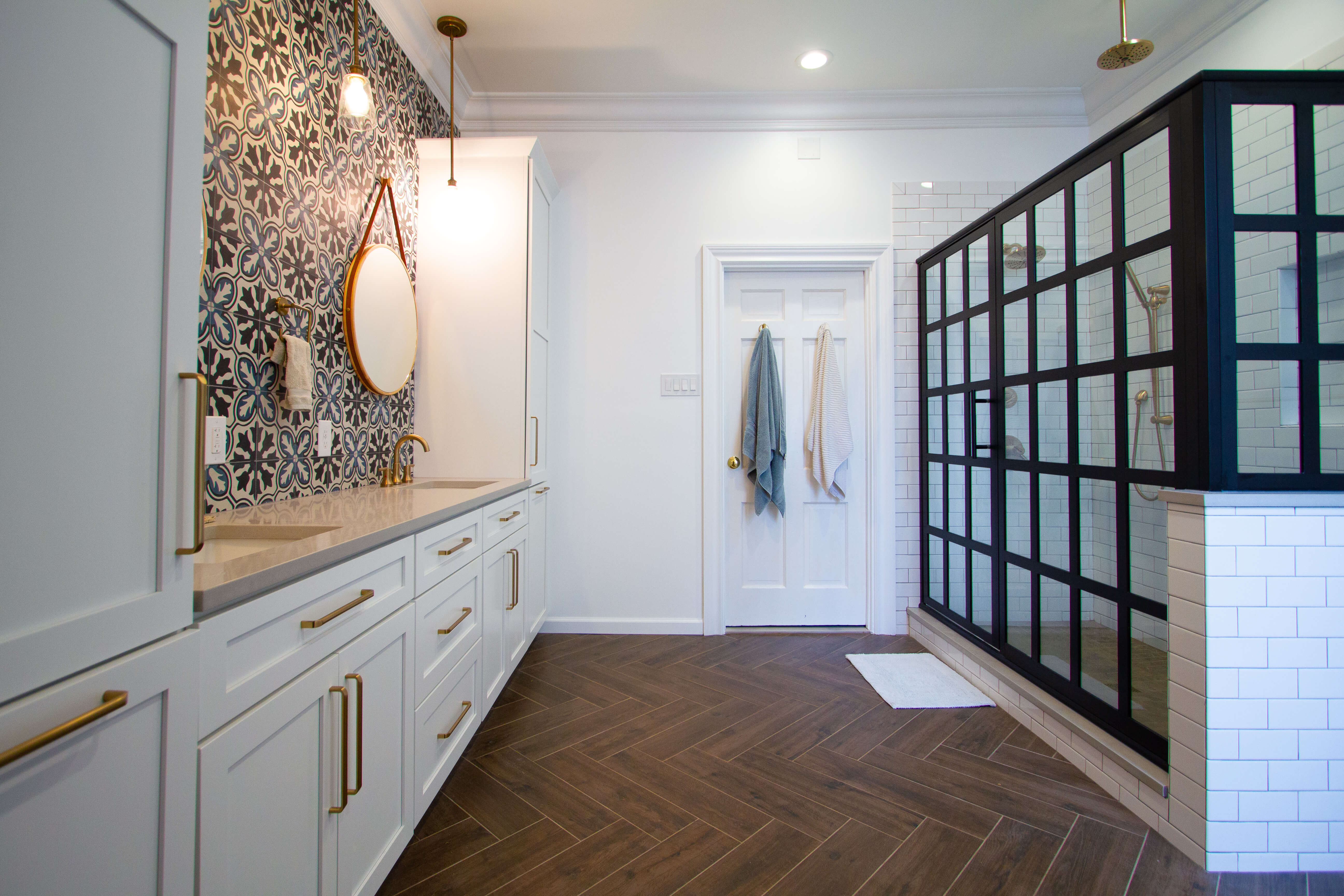 Design by designer Devin Mearig of dRemodeling, Pennsylvania featuring Dura Supreme Cabinetry.