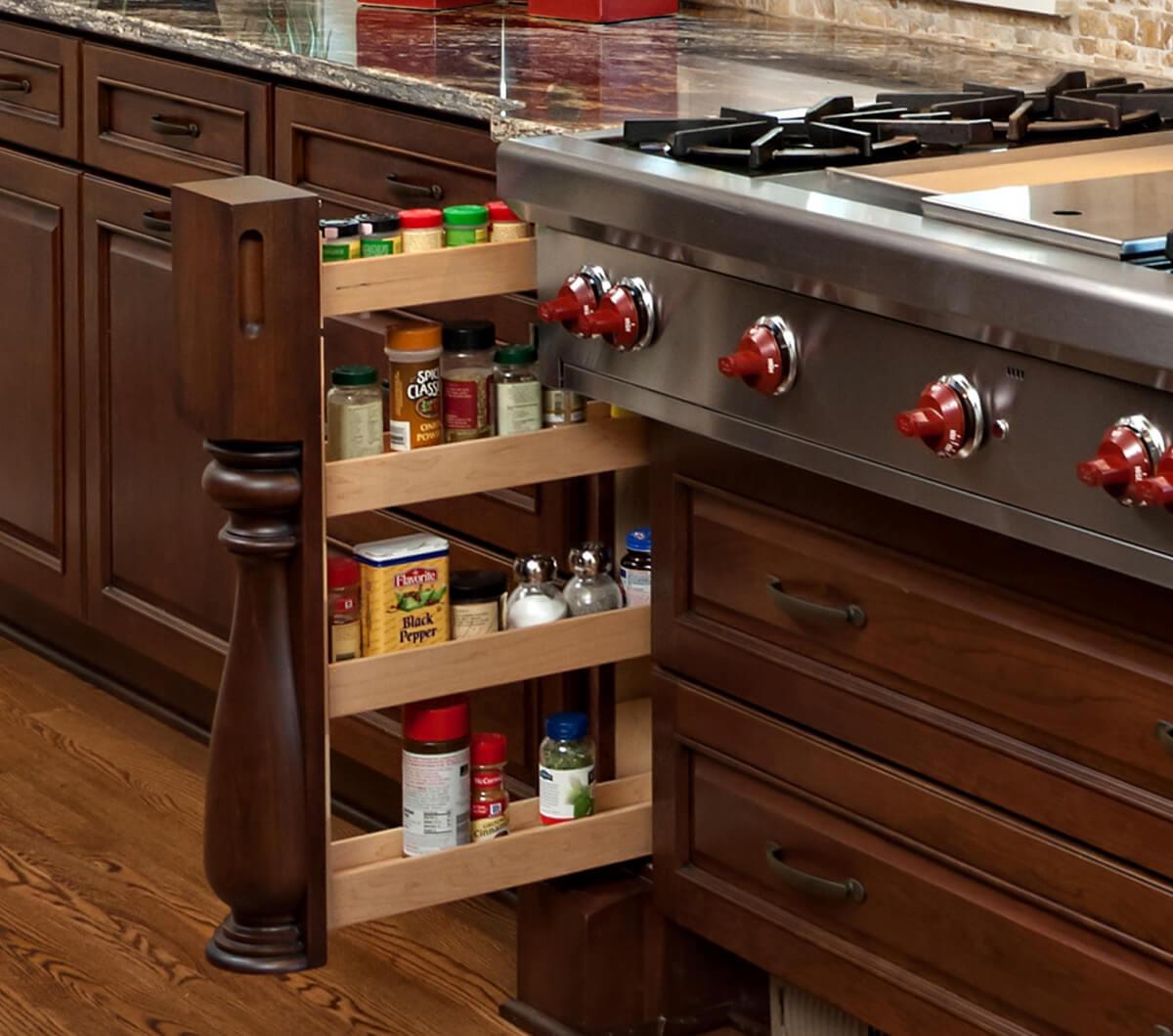 Dura Supreme Cabinetry design by Kristen Peck of Knight Construction Design, Inc.