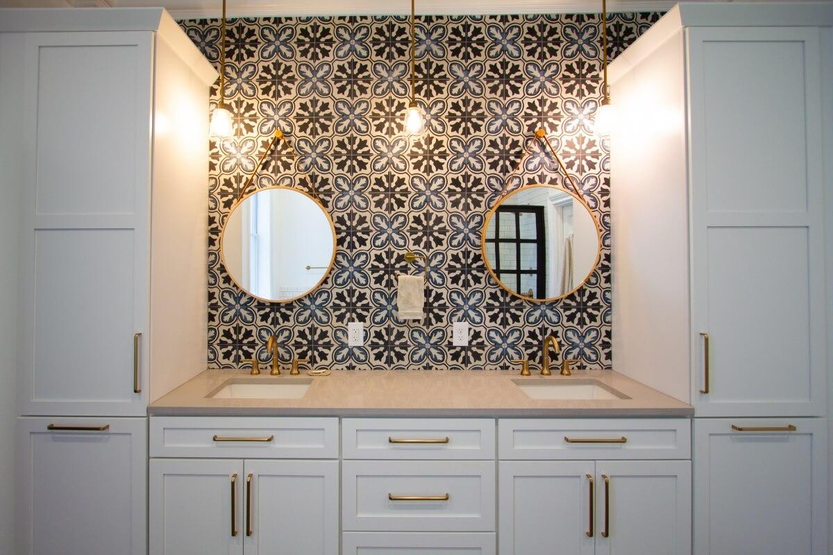Dura Supreme Cabinetry, design by Devin Mearig of dRemodeling, Philadelphia, PA.