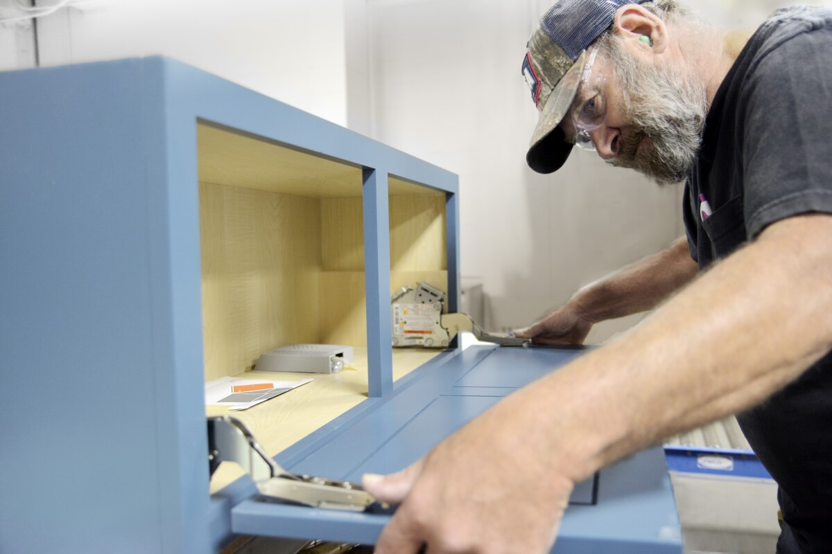 Our Dura Supreme cabinetry builder team carefully constructs each and every cabinet.