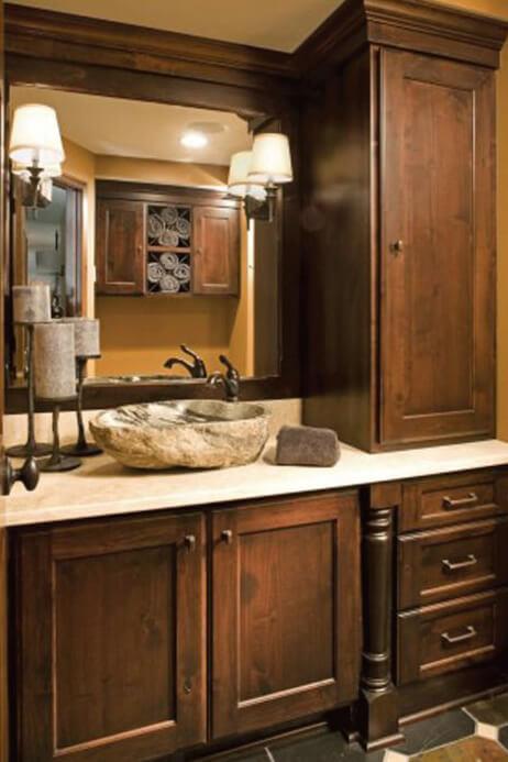 Dura Supreme bathroom design by Ispiri Design Build Remodel