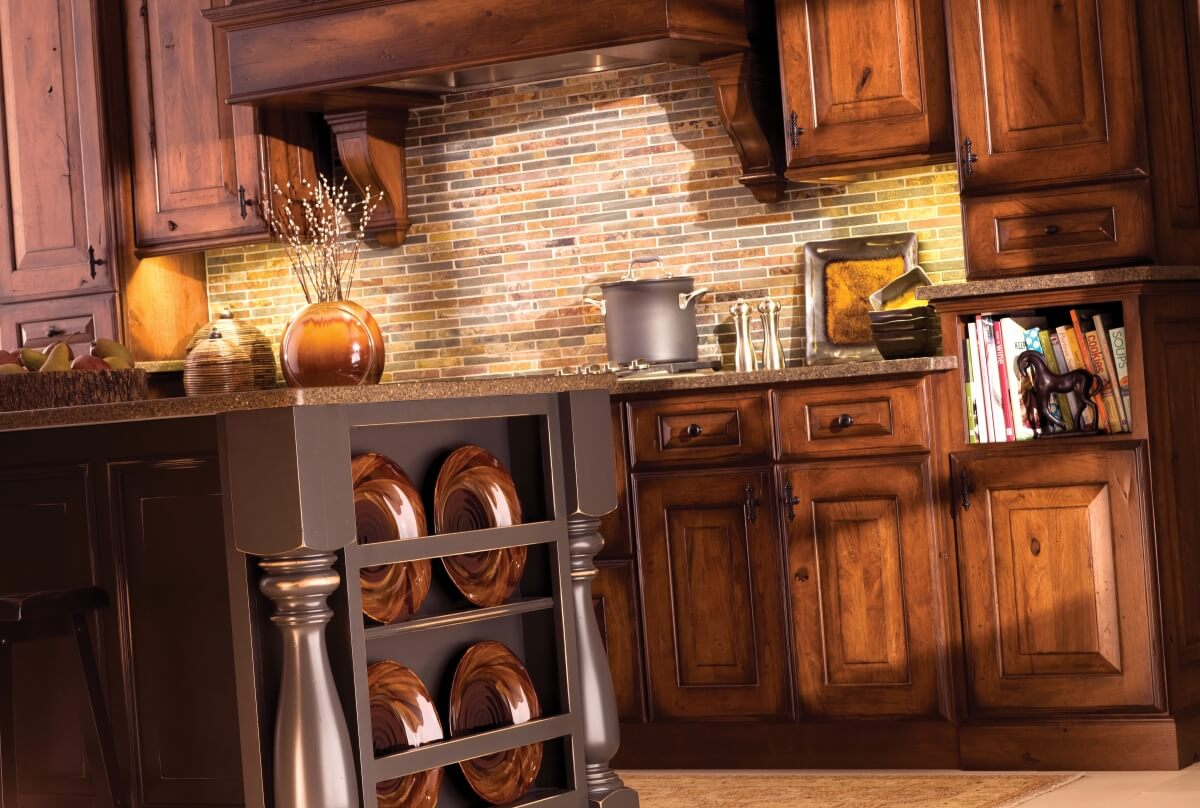 Mountain Resort Style kitchen design with a rustic and traditional look. Kitchen Cabinets by Dura Supreme Cabinetry.