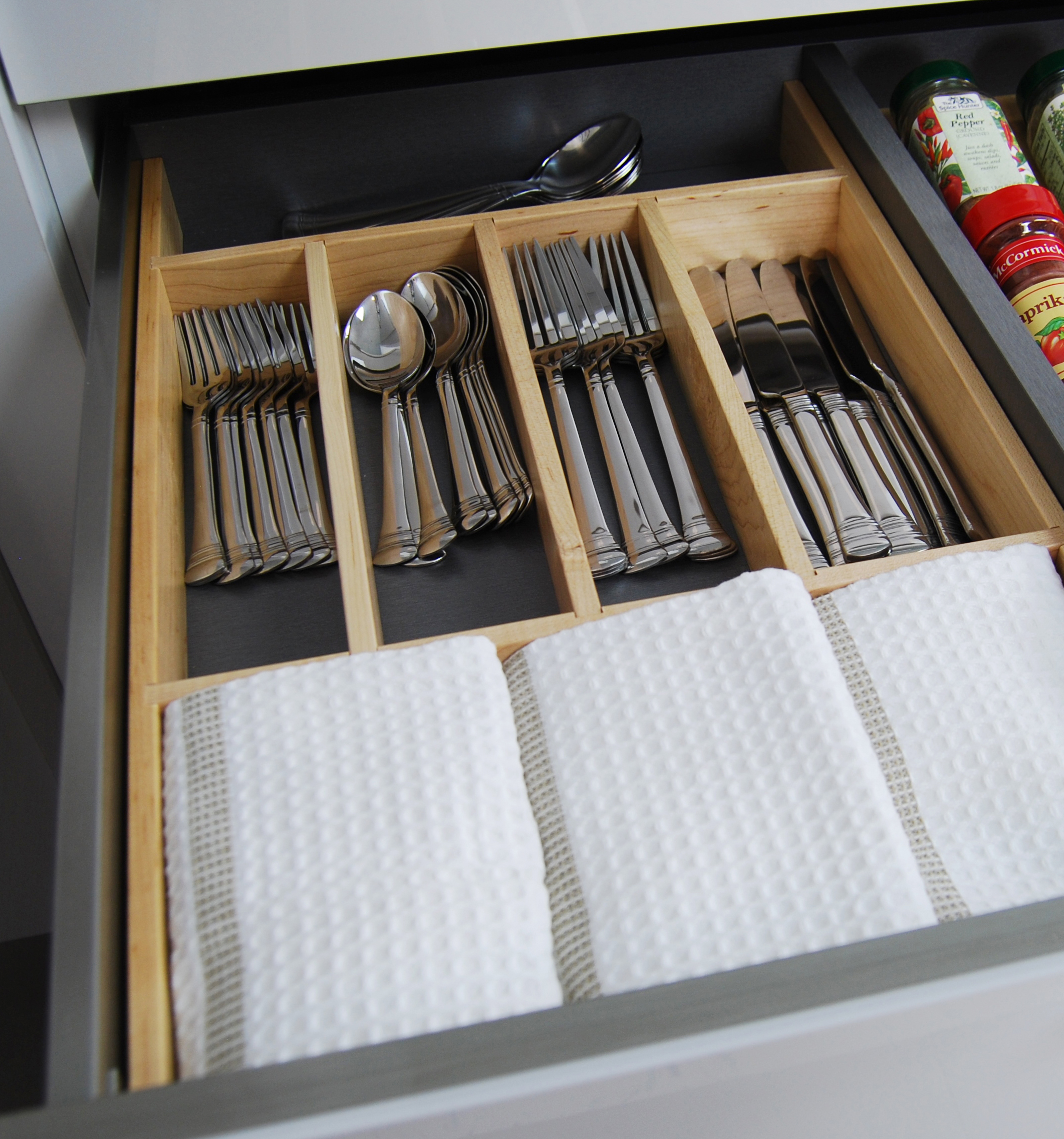 Cutlery Divider Tray in Stainless Steel Drawer