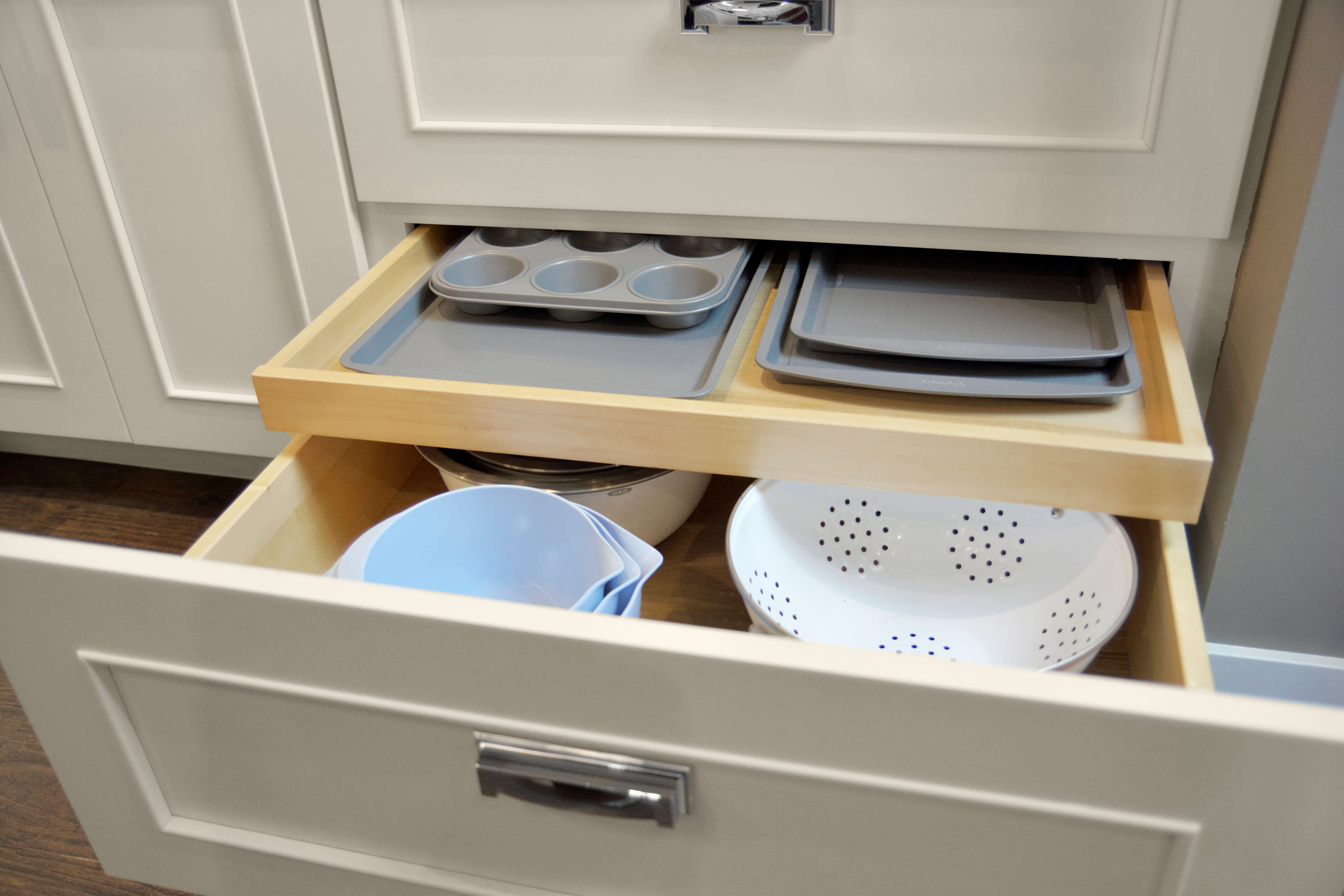 Shallow Roll-Out Above Drawer - Pan Storage