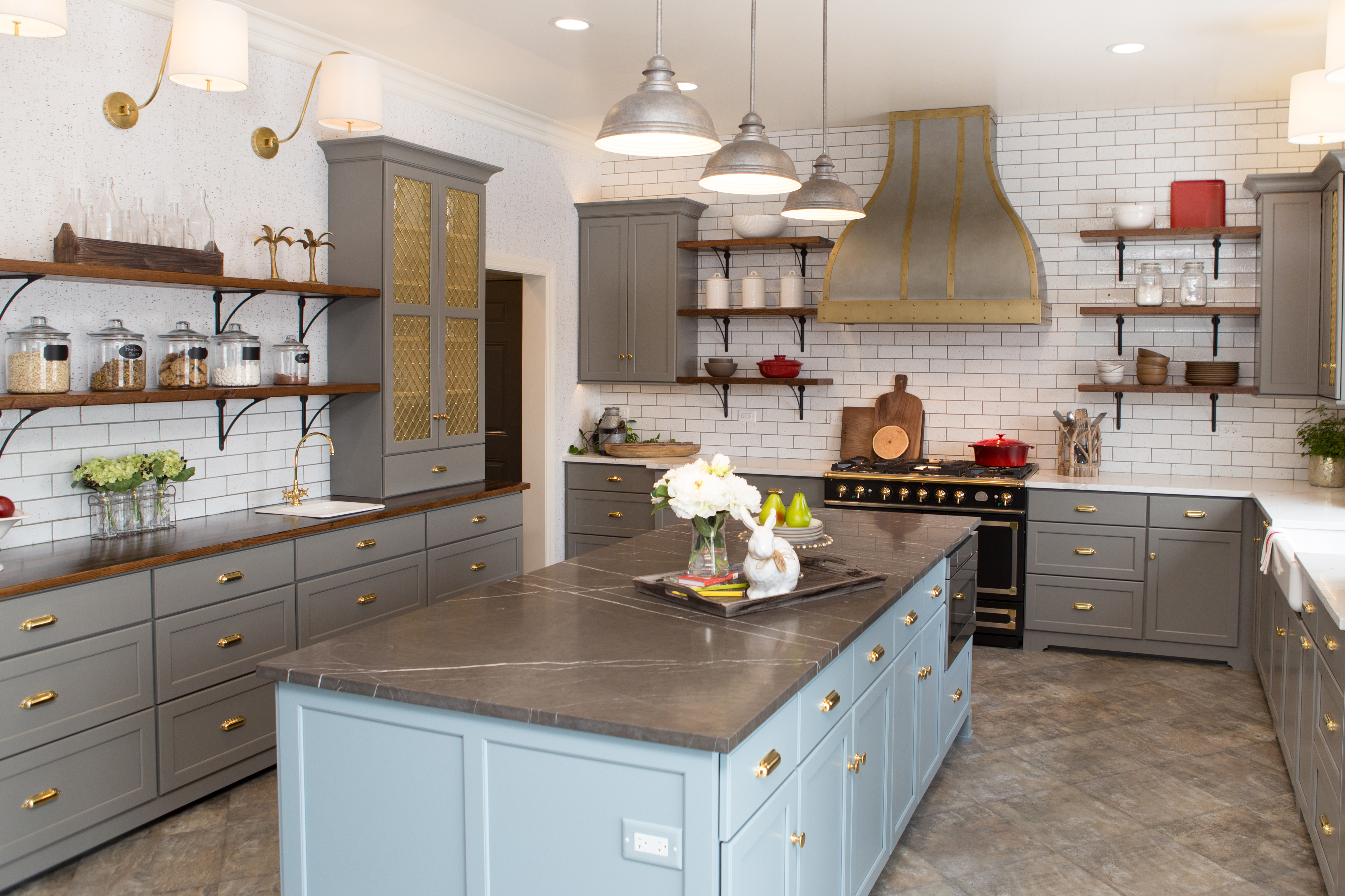 After photo of the completed ktichen design renovation, featuring Dura Supreme Cabinetry.
