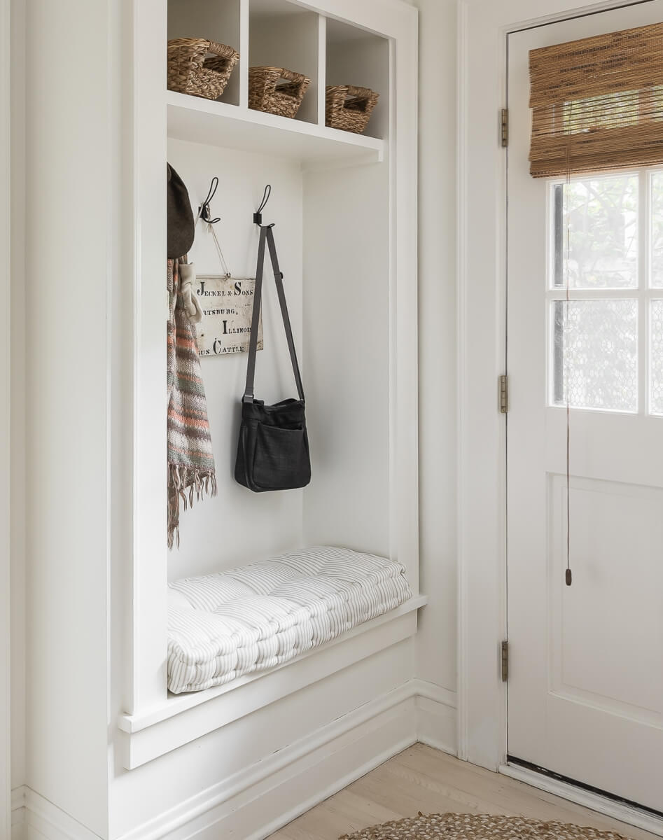 Entryway design by Stephanie Frees of Plain & Posh Distincitve Cabinet Designs, Illinois. Photo by Picture Perfect House.