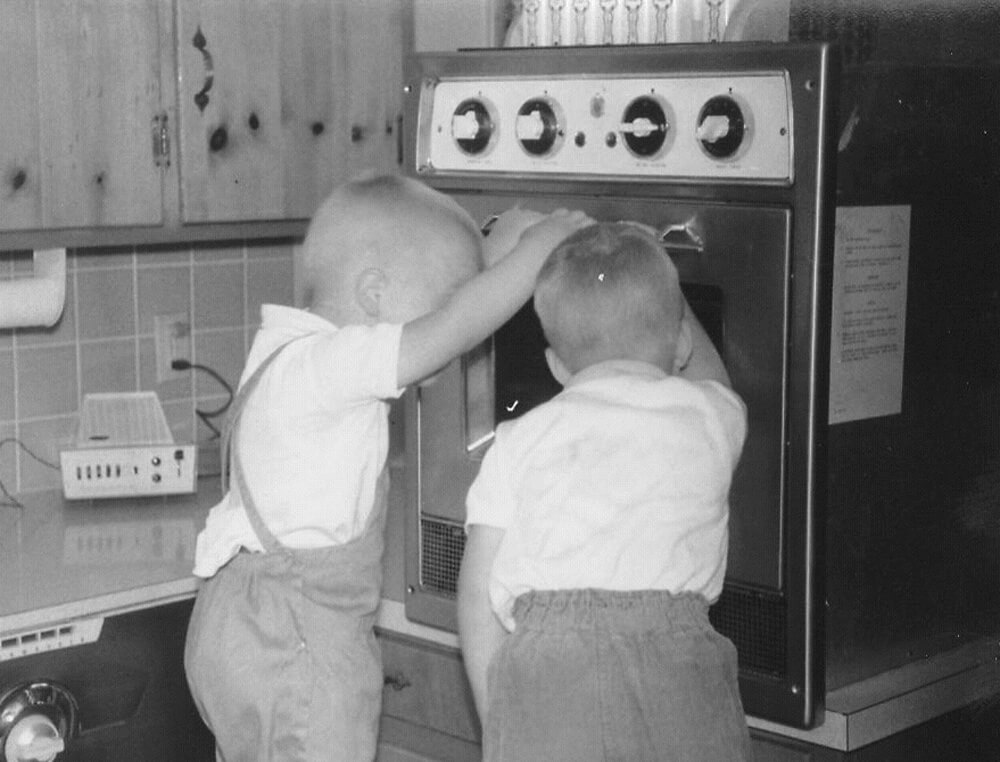 The first residential microwave oven introduced by Tappan in 1955. History of kitchen design and kitchen appliances.