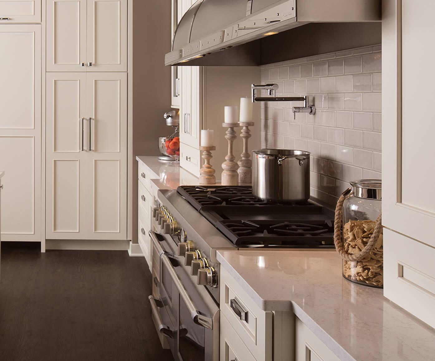 Dura Supreme kitchen design by Studio M Kitchen & Bath, Minnesota.