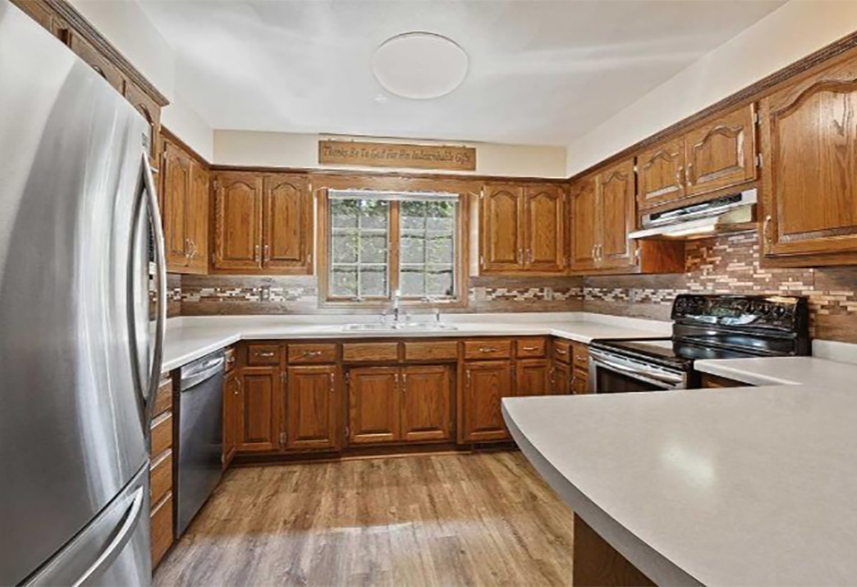 Oak Is No Joke Revisiting A Classic Cabinet Wood Species Dura Supreme Cabinetry
