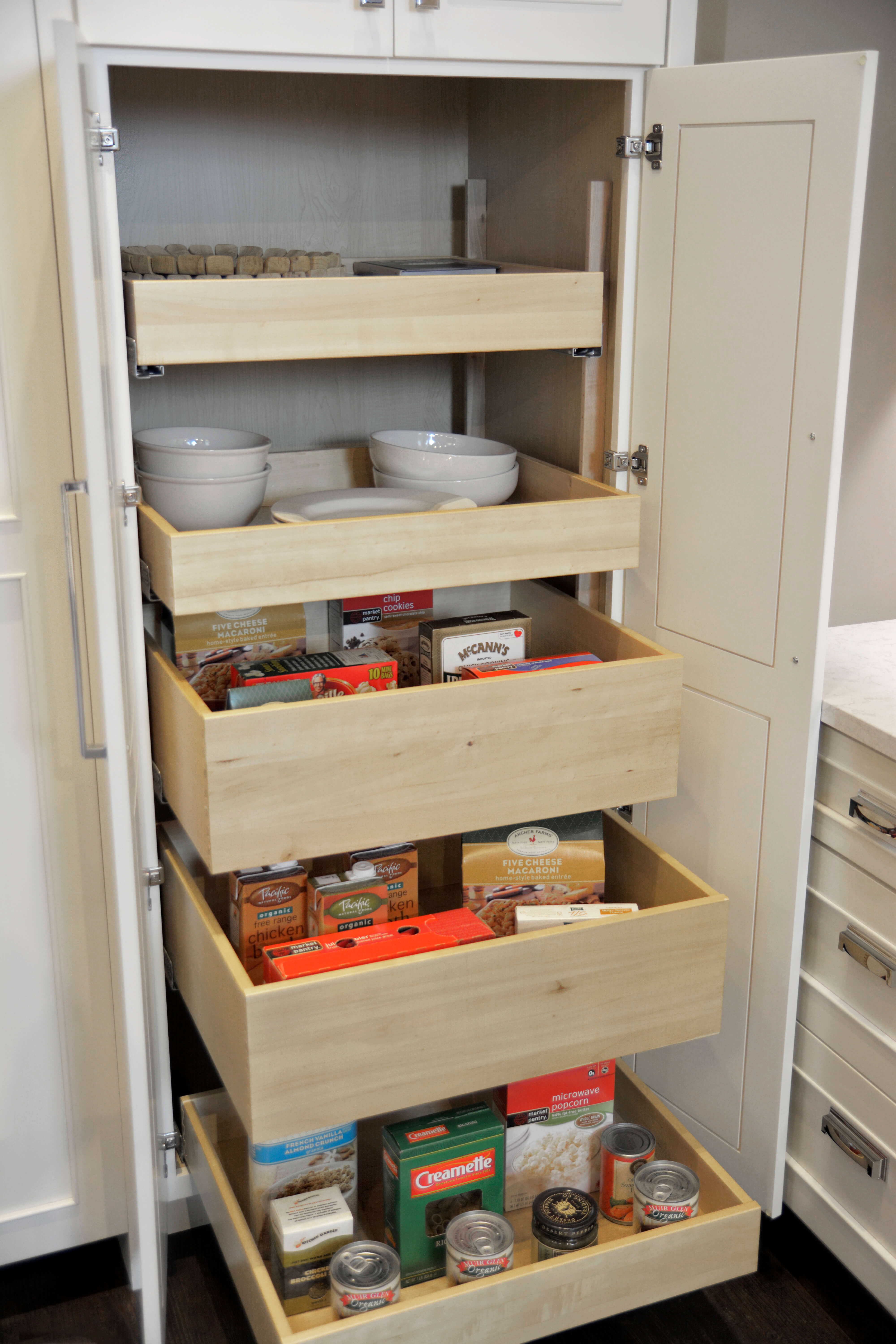 Tall Pantry with Roll-Out Shelves